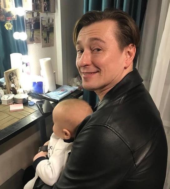 Сергей Безруков поделился снимком с сыном, Степаном!