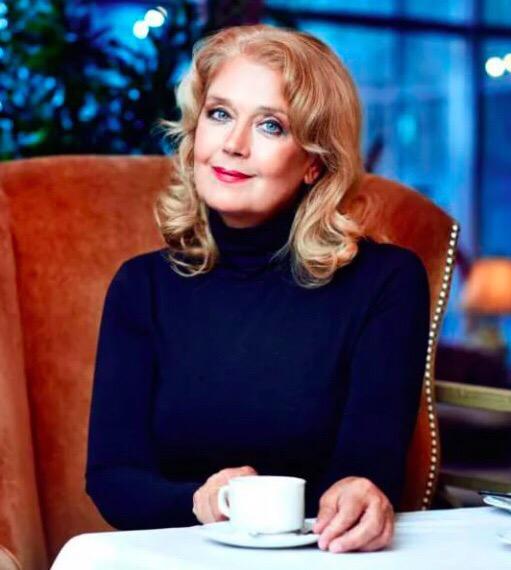 Сегодня Ирине Алферовой исполнилось 68!